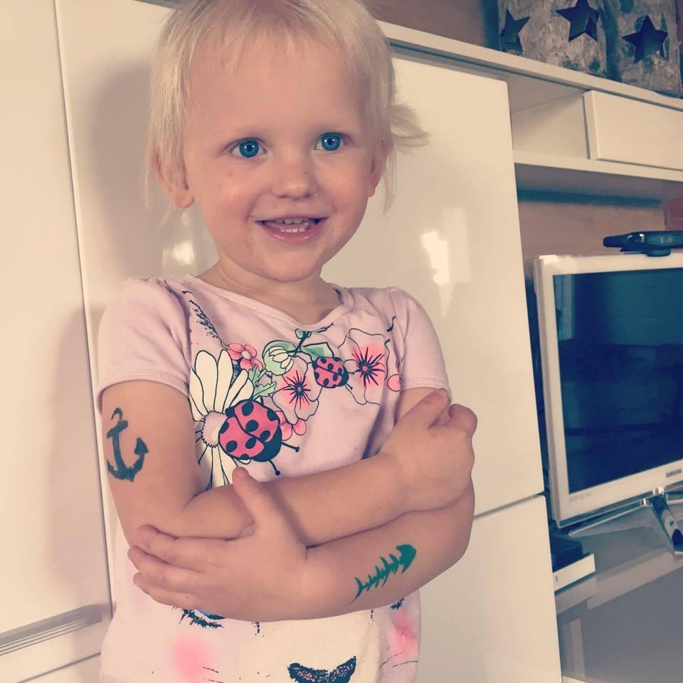 Daarna wilde Liza tatoeages..