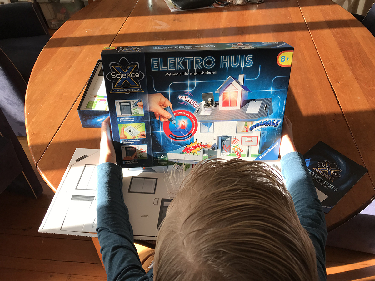 Ravensburger ScienceX Elektrohuis