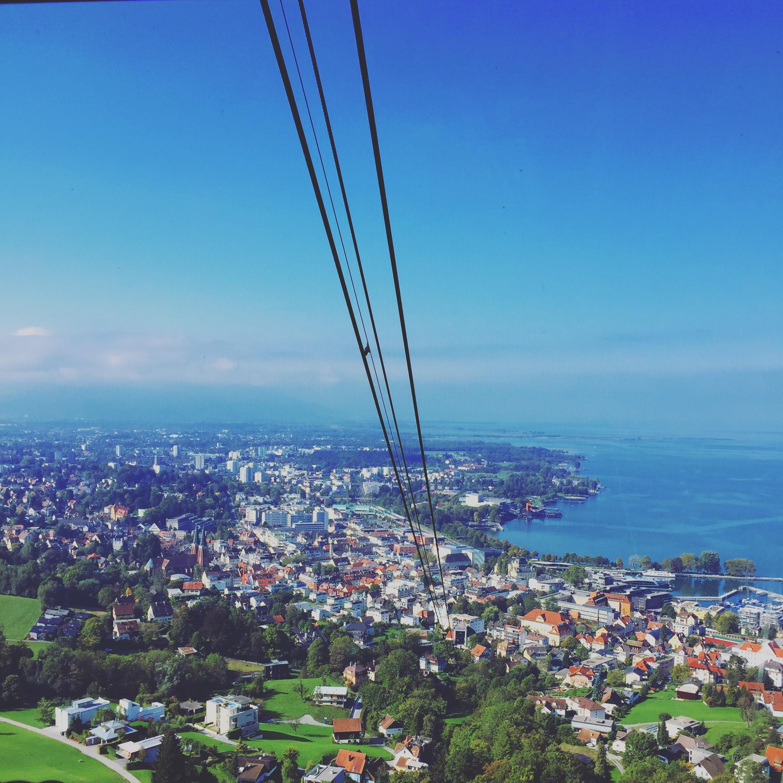 Woensdag gaan we naar Bregenz en relaxen we bovenop de Pfänderberg.
