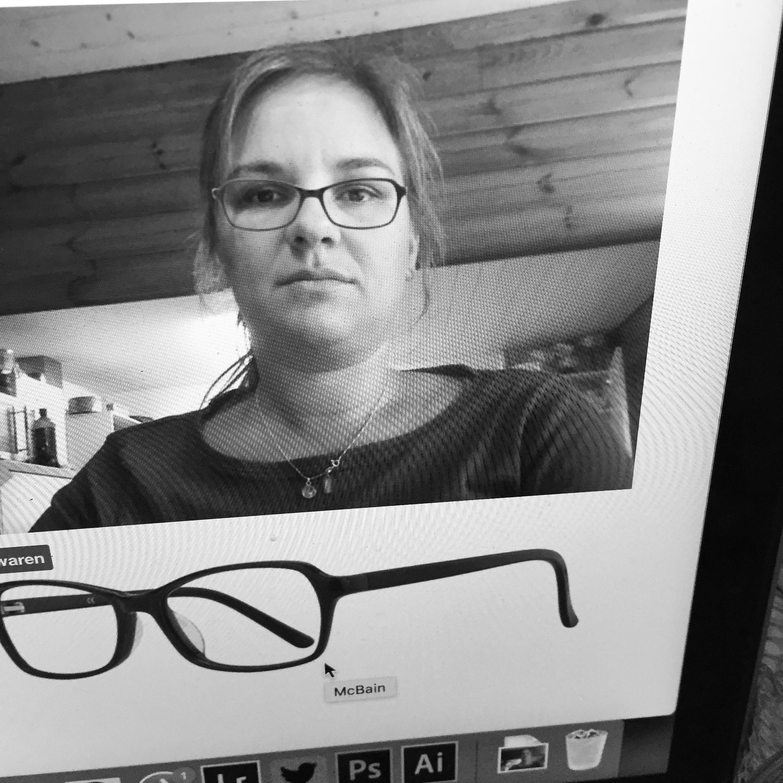 Op maandag zoek ik een bril uit.