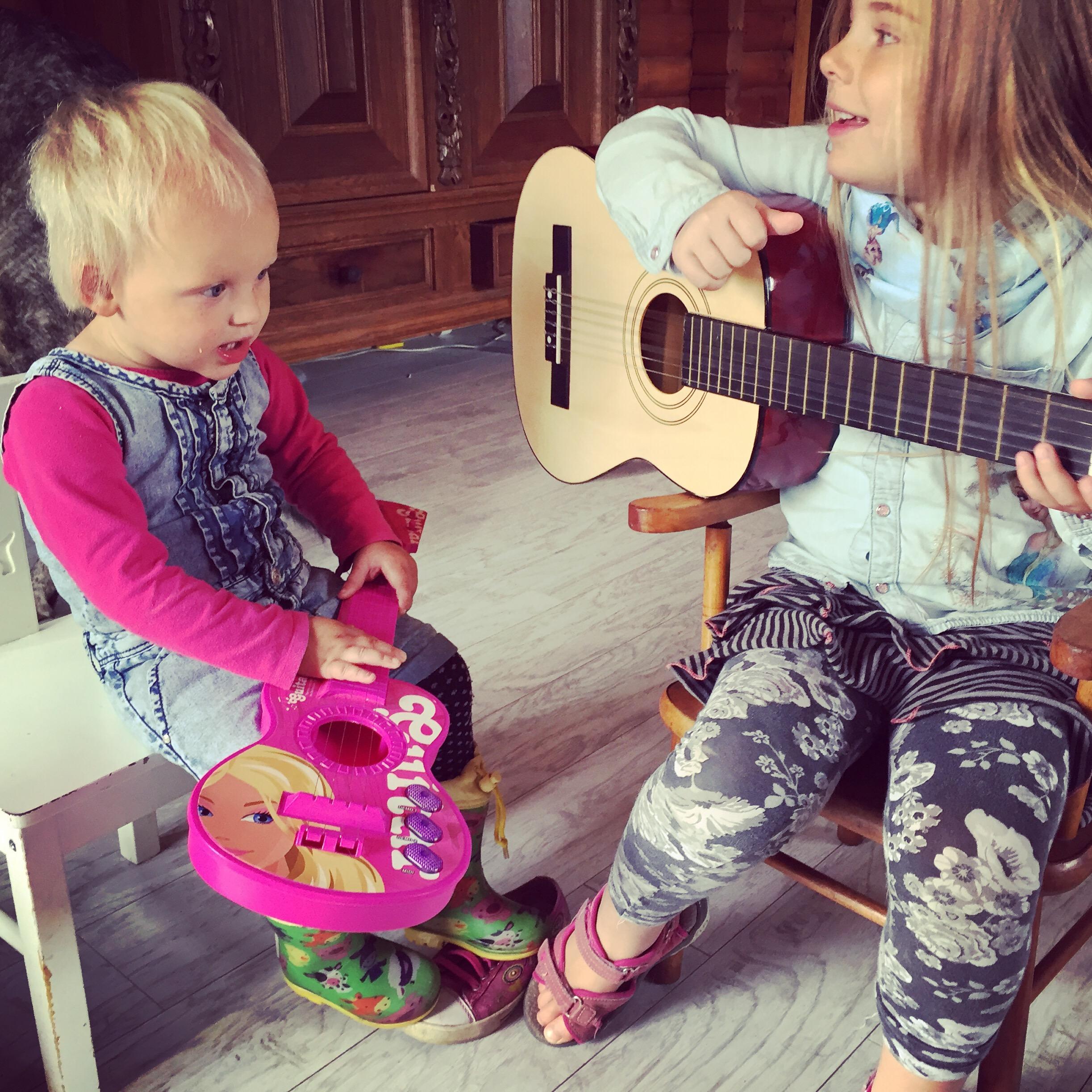De dames maken muziek