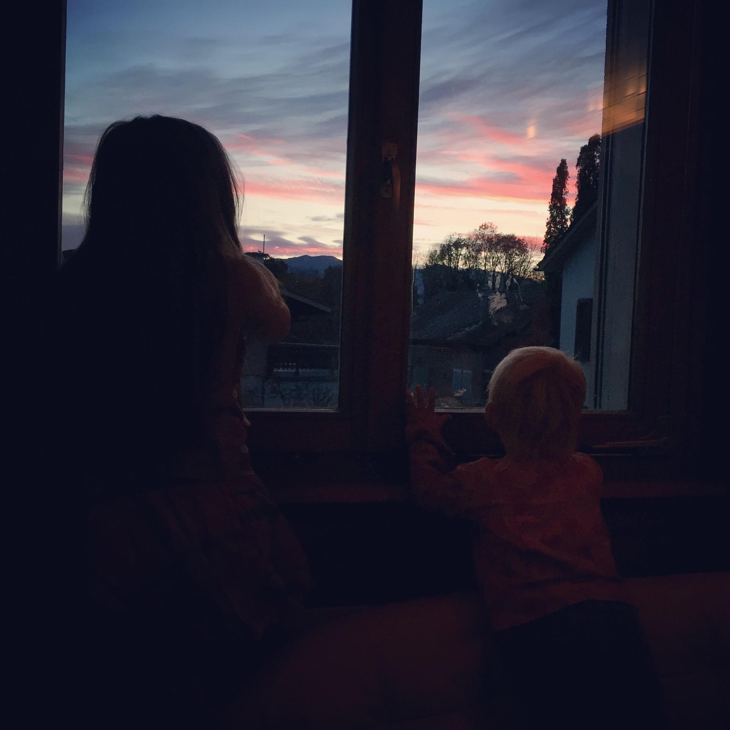 Op zondagochtend raken de betoverd (voor 5 minuten) door de zonsopkomst. Roze is altijd goed natuurlijk.