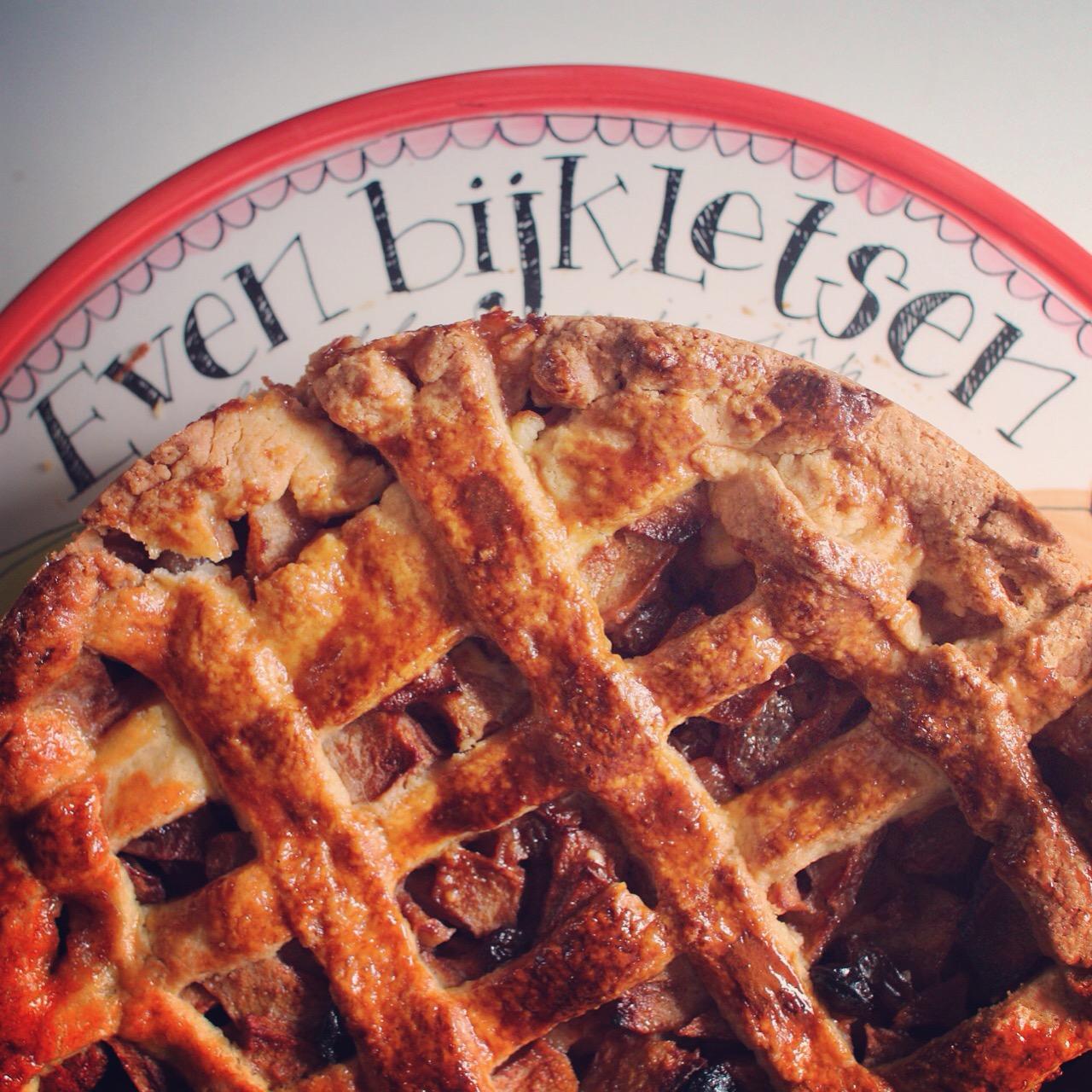 zaterdag maakte ik dan eindelijk zelf een appeltaart, Dat we ervan hebben genoten kon je al eerder lezen