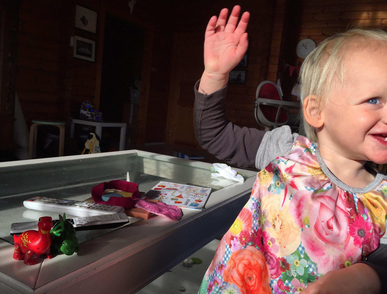 De dino's maken vandaag overuren, Liza danst erop los!