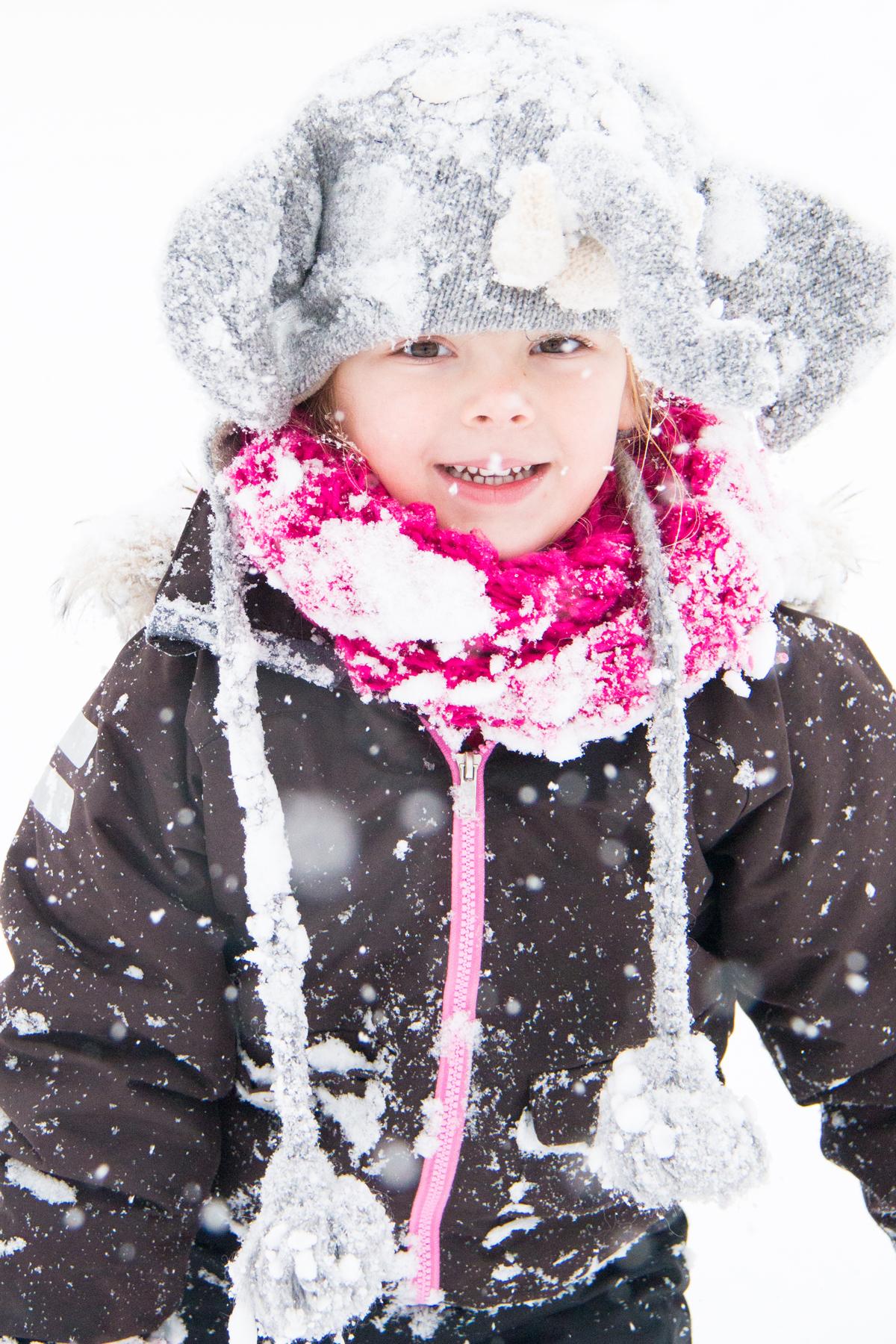 Eva 4 jaar   2014 - Sneeuw in Zwitserland
