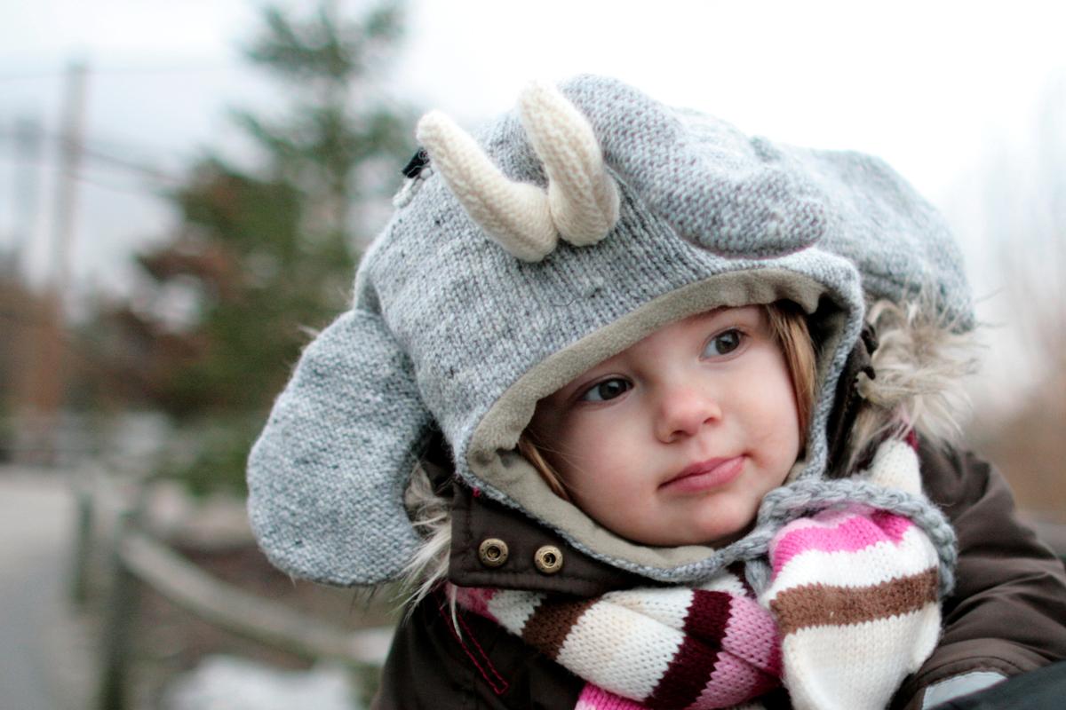 Eva 1 jaar oud - 2011    De dag dat we deze muts kochten
