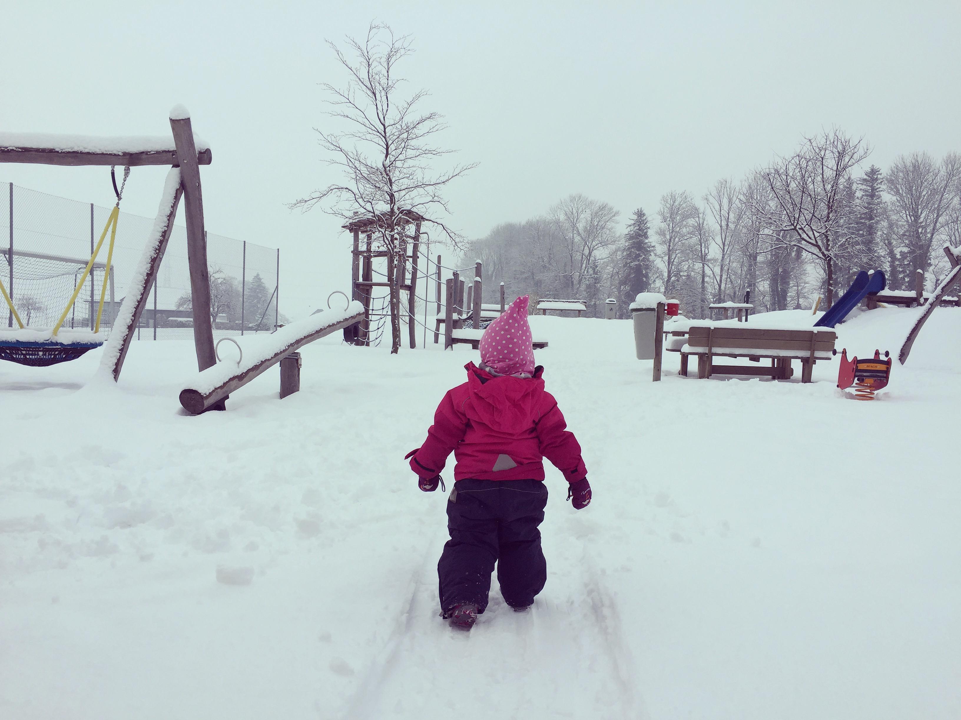 Ik maak Liza gelukkig: naar de speeltuin!