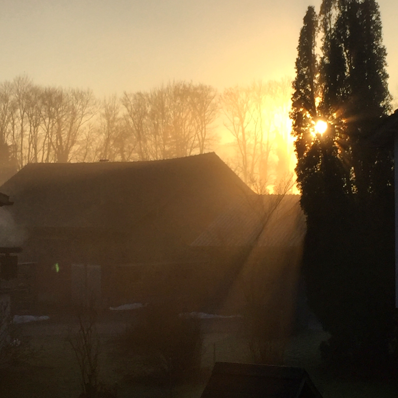 De zaterdagochtend begon met slecht nieuws, maar ook met een mooie zonsopkomst.