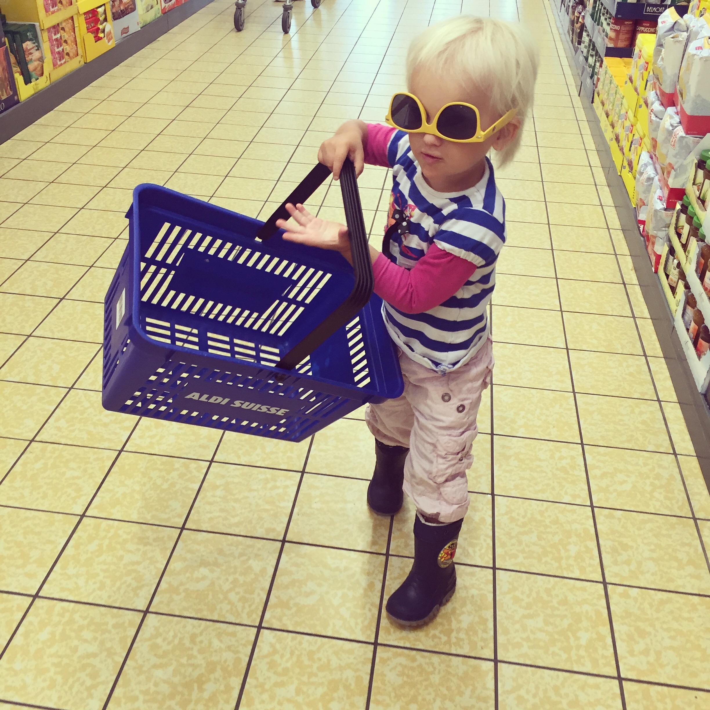 En kreeg ze de lachers op dr hand in de supermarkt