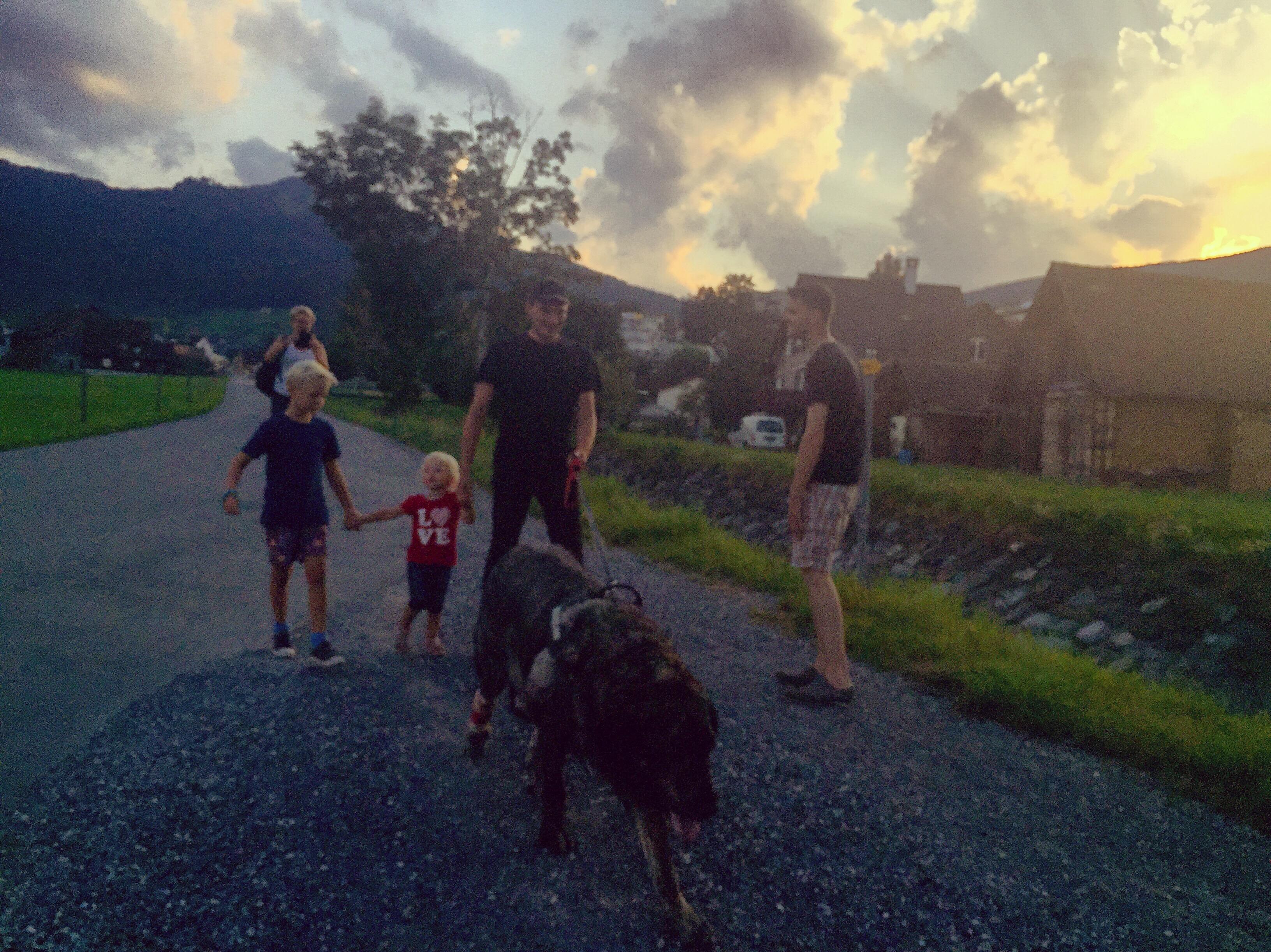 Na het eten gingen we nog een rondje lopen met de hond.