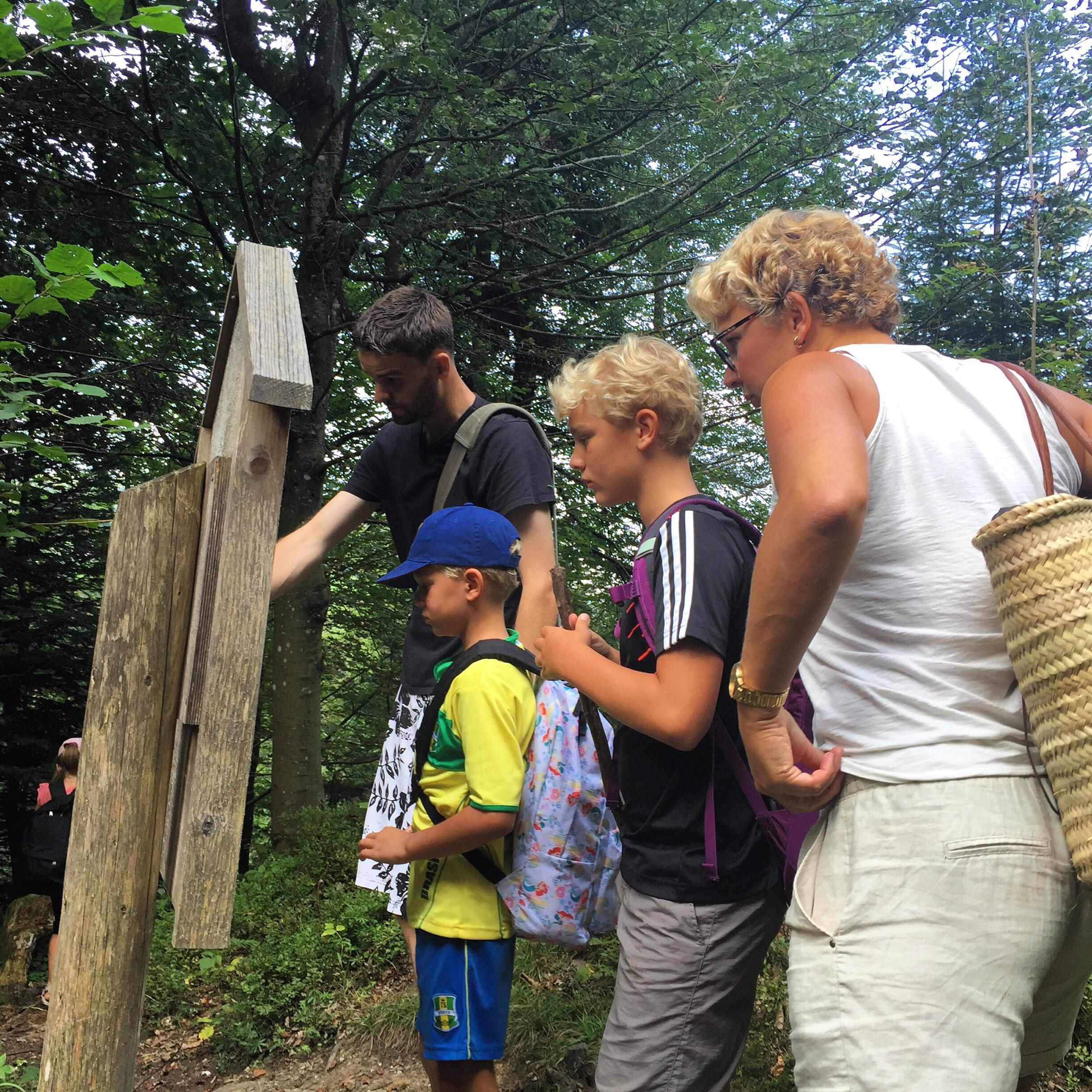 De route terug was vol slangen en andere enge beesten die eventueel misschien wel in het bos leefden!