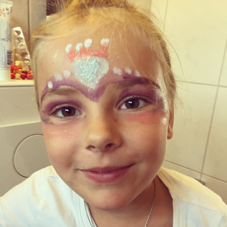 Eva heeft zaterdag de hele dag kinderfeestjes en dat moet natuurlijk in stijl gevierd worden
