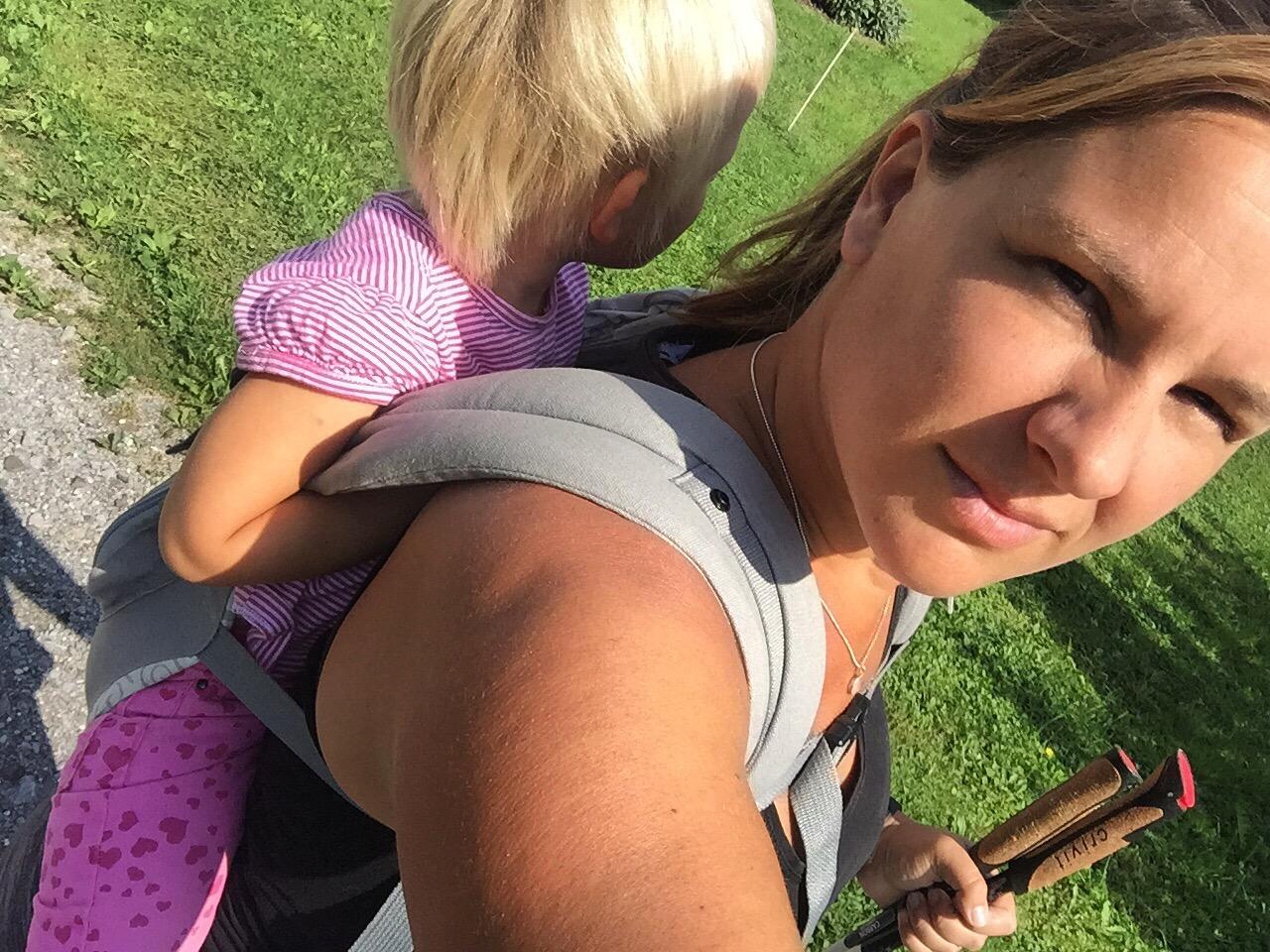 Dinsdagmiddag is Eva weer naar school en lopen Liza en ik een rondje met de loopgroep.