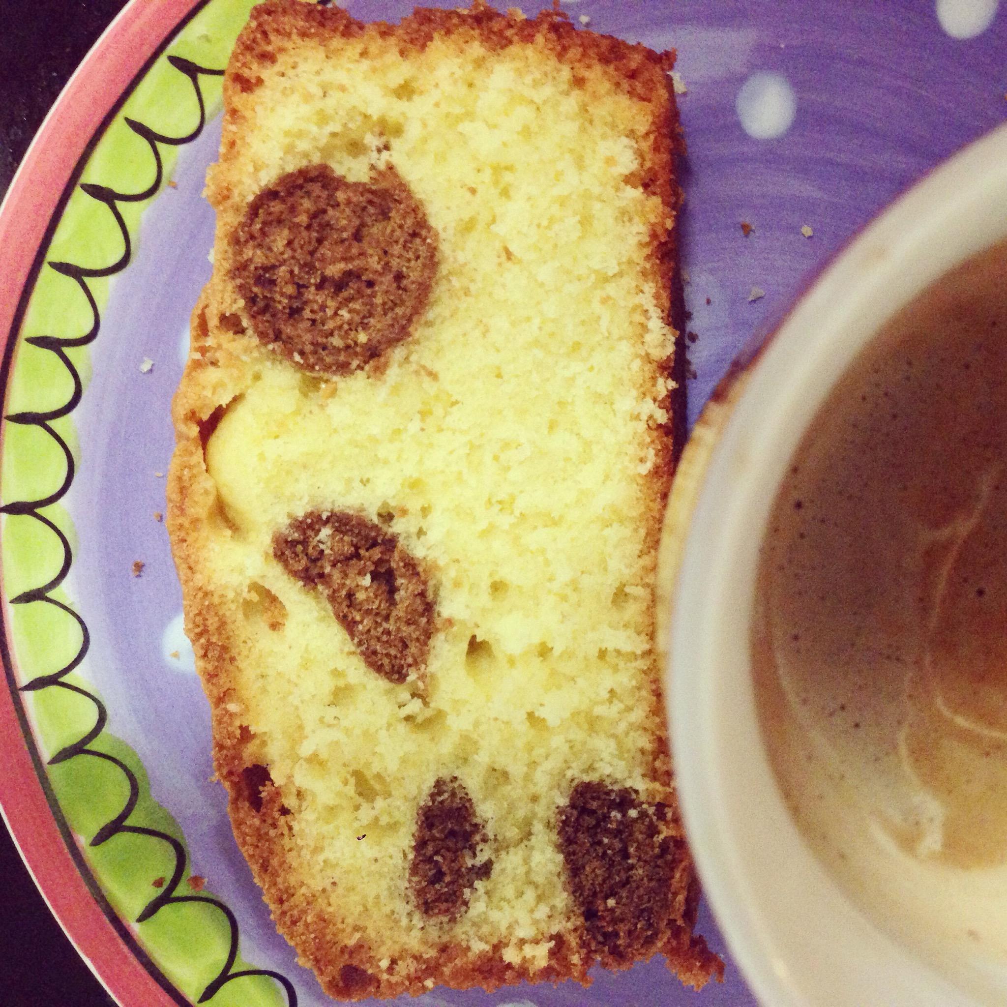 Eva en ik maakten pepernotencake voor Floris zijn verjaardag. Was lekker!